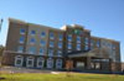 Holiday Inn Express & Suites Albany - Albany, GA