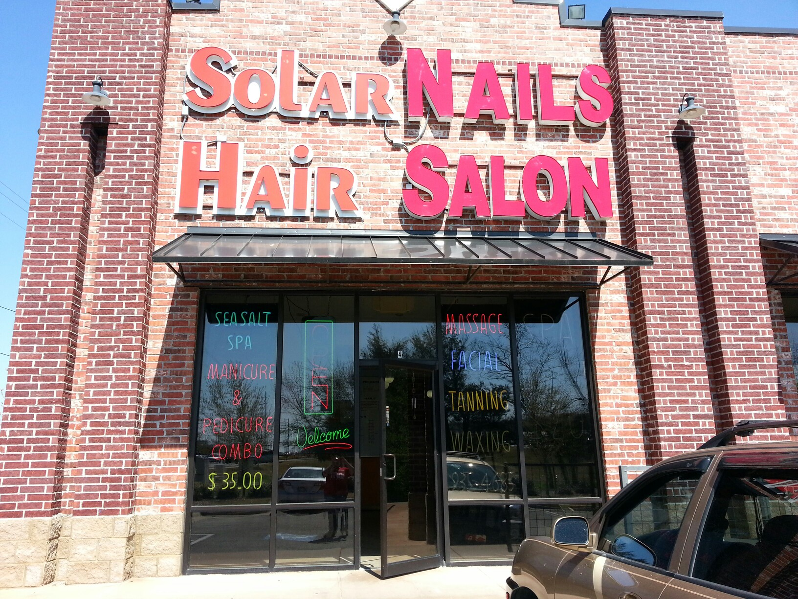 Solar nail hair salon 2737 w martin luther king blvd for Abstract salon fayetteville ar