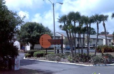 Woodside Village Condominium Assn - Clearwater, FL