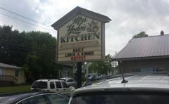 Mrs Yoder's Kitchen