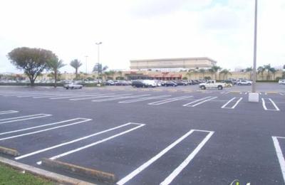Steps Clothing Company - Hialeah, FL