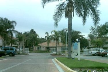 Oasis Townhouse Apartments