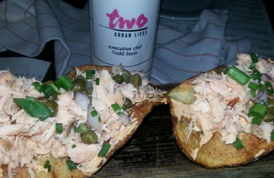 Two Urban Licks - Atlanta, GA. Salmon chips ����