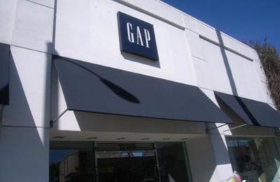 Gap - Studio City, CA