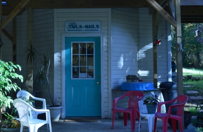 Tails To Nails Dog Grooming & Pet Boarding - Doniphan, MO