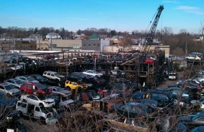 Joe's Auto Wreckers - Mount Vernon, NY