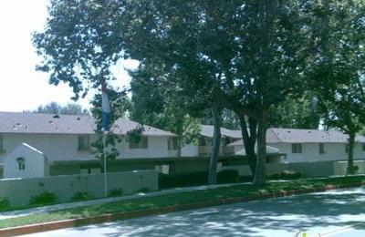 Country Hills Apartments - Brea, CA