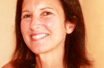 Dr. Delia D Weiss, MD - Delray Beach, FL