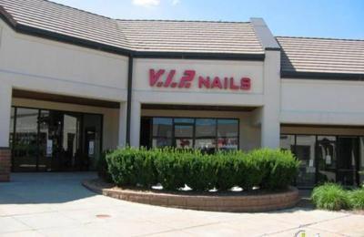 VIP Nails - Omaha, NE