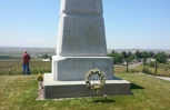 Gravestone to commemorate mass grave of US soldiers
