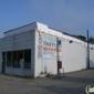 Jet's Pizza - Farmington, MI