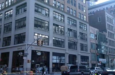 Iweb Dot Com Inc - New York, NY