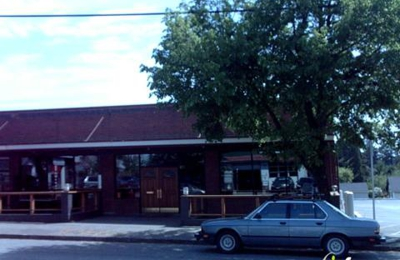 Roosevelt Ale House - Seattle, WA