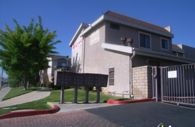 Parkwood Patio Apartments 38047 20th St E Palmdale Ca 93550 Yp Com