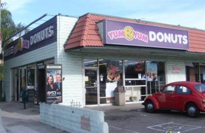 Yum-Yum Donuts - Los Angeles, CA