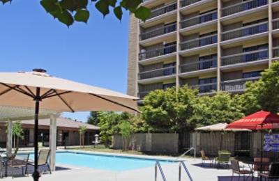 Rosewood Retirement Community - Bakersfield, CA