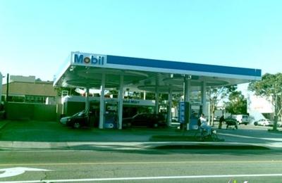 Mobil - Santa Monica, CA