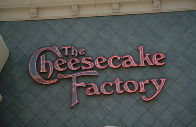 The Cheesecake Factory - Honolulu, HI