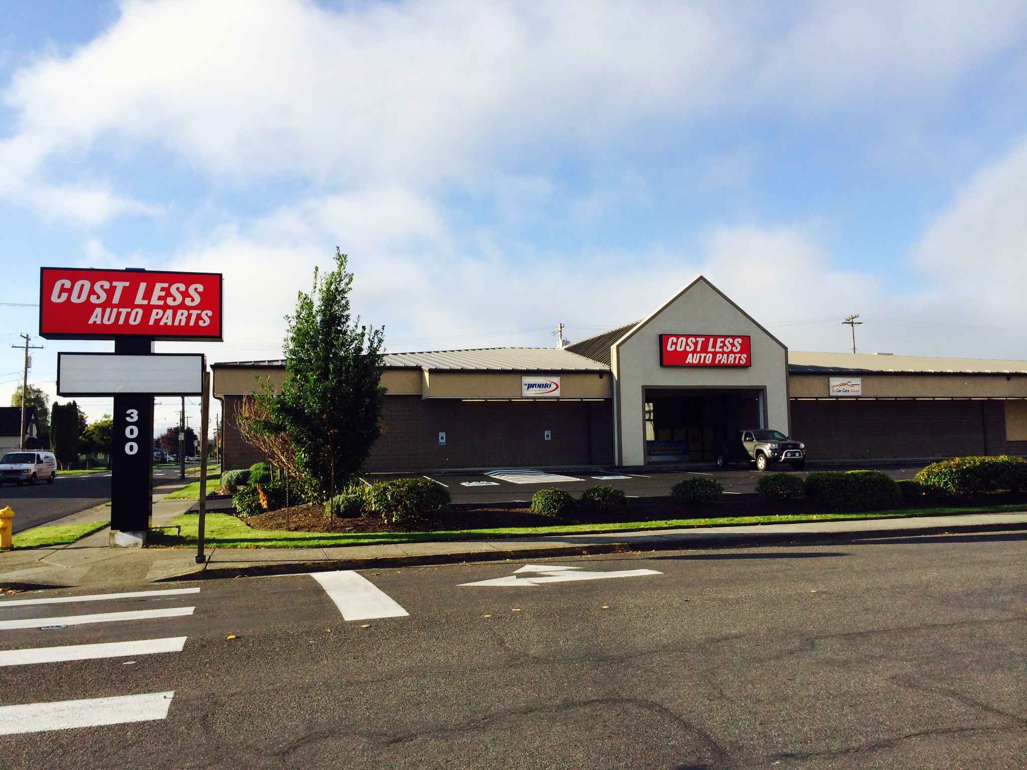 Cost Less Auto >> Cost Less Auto Parts 300 Oak St Kelso Wa 98626 Yp Com