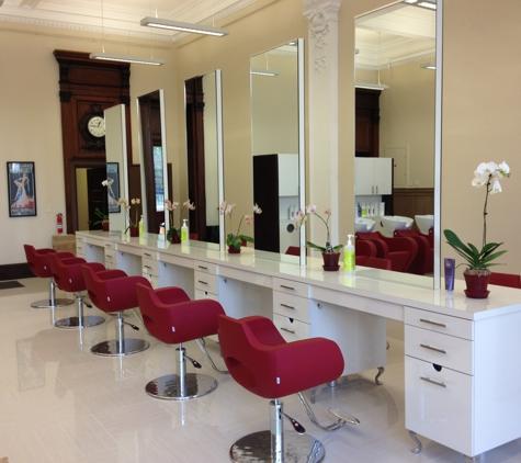 Capture Salon - New Haven, CT