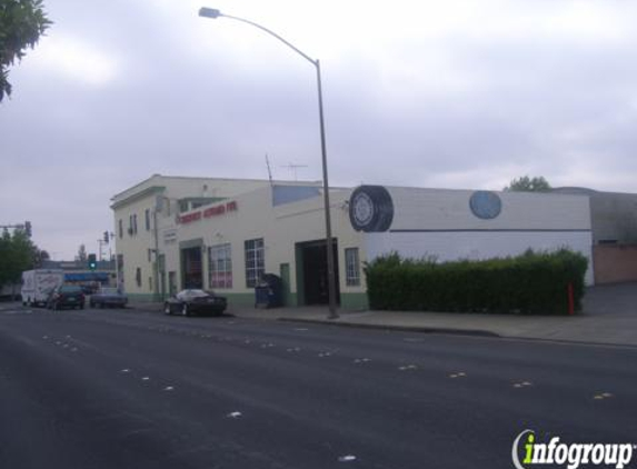 Chestnut Auto Repair and Towing - Redwood City, CA
