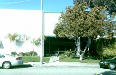 VCA Kennel Club Resort & Spa - Torrance, CA