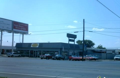 Photos (1). Southwestern Classic Chevrolet   Arlington, TX