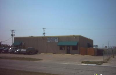 Santiago's Auto Electric - Haltom City, TX