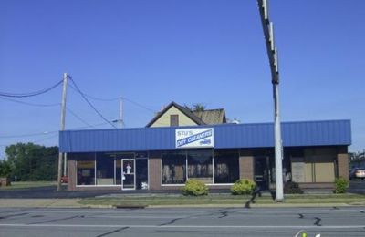 Stu's Dry Cleaners - Brunswick, OH