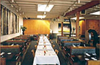 Hal's Bar & Grill - Venice, CA