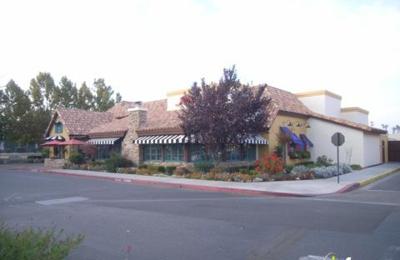 Mimi's Cafe - Fresno, CA