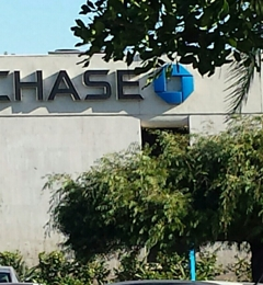 Chase Bank - Temple City, CA. Outside