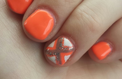 Davi Nails - Jacksonville, FL. This is my nails..The day they did it. Looks like I already need another mani!!
