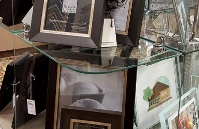 The Frame Workshop - Appleton, WI. The Frame Workshop offers a large selection of Roma photo frames, made in Canada with fine Italian moulding.