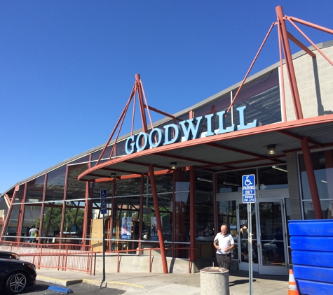 Goodwill Stores - Los Angeles, CA