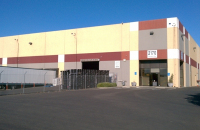 Nugget Markets Warehouse - Woodland, CA