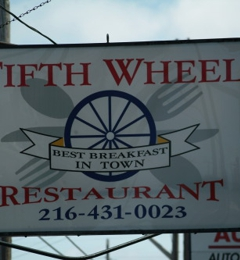 Fifth Wheel - Cleveland, OH