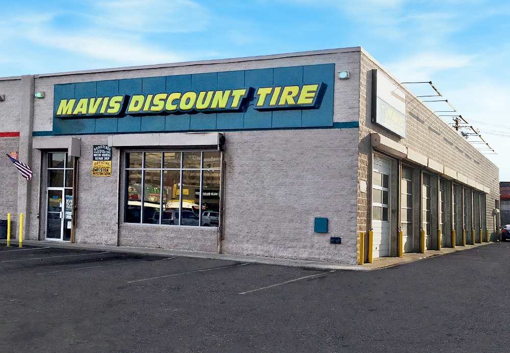 Mavis Discount Tire 832 Pennsylvania Ave Brooklyn Ny 11207 Yp Com
