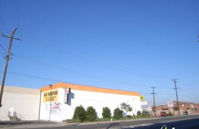 Ashley HomeStore - Gardena, CA
