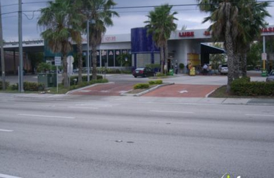 Rogers Car Wash - Aventura, FL