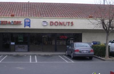 Dave's Donuts - Fresno, CA