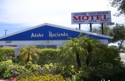 Adobe Hacienda Motel - Hollywood, FL