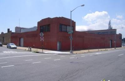 Campaniello Imports Warehouse - Long Island City, NY