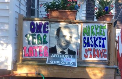 De Moulas Market Basket Inc - Tewksbury, MA