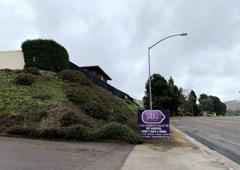 Snug Pet Resort & Animal Hospital - San Diego, CA. 2019