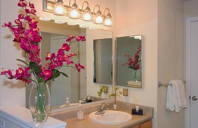 Island Homestead Apartments - Bainbridge Island, WA