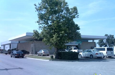 Photos (1). Van Chevrolet   Carrollton, TX