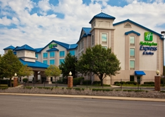 Holiday Inn Express Chicago-Downers Grove - Downers Grove, IL