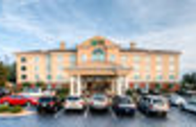 Holiday Inn Express & Suites Columbia-I-26 @ Harbison Blvd - Columbia, SC