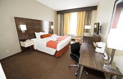 Best Western Airport Inn & Suites - Orlando, FL